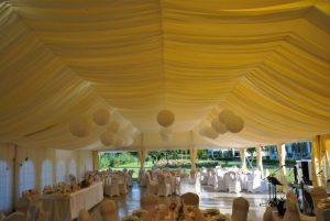 Esküvői sátor